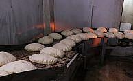 Her gün 225 bin ekmek Suriyelilere ücretsiz dağıtılıyor