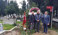 Hristo Stoichkov Naim Süleymanoğlu'nun kabrini ziyaret etti