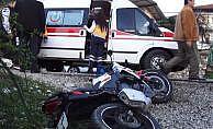 Okul servisi ile motosiklet çarpıştı: 1 öğrenci öldü