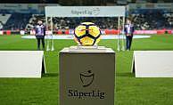 Süper Lig'de 10 takımda 22 teknik direktör görev aldı